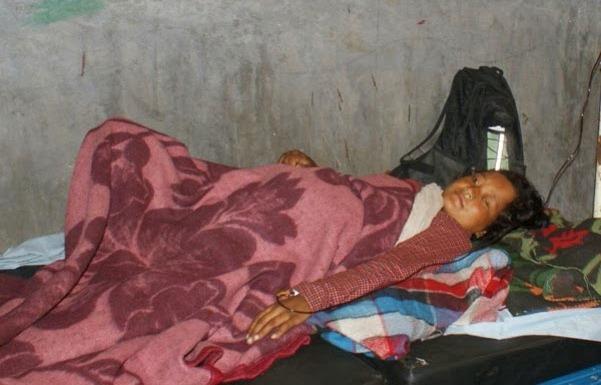 गर्भवती महिलालाई आफ्नै रगत दिएर जिल्ला अस्पताल मुगुका डाक्टरले ज्यान जोगाएका थिए