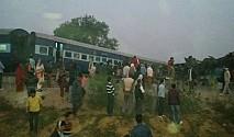भारतको कानपुरमा रेल दुर्घटना,